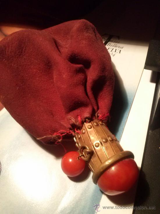 Antigüedades: Antiguo monedero tipo bolsa; terciopelo color vino; cierre tipo malla metálica extensible... - Foto 5 - 51380431