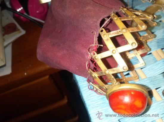 Antigüedades: Antiguo monedero tipo bolsa; terciopelo color vino; cierre tipo malla metálica extensible... - Foto 14 - 51380431