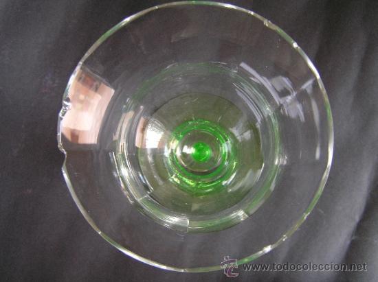 Antigüedades: Preciosa Copa de cristal soplado bicolor siglo XIX. Quizás La Granja. - Foto 7 - 33817537