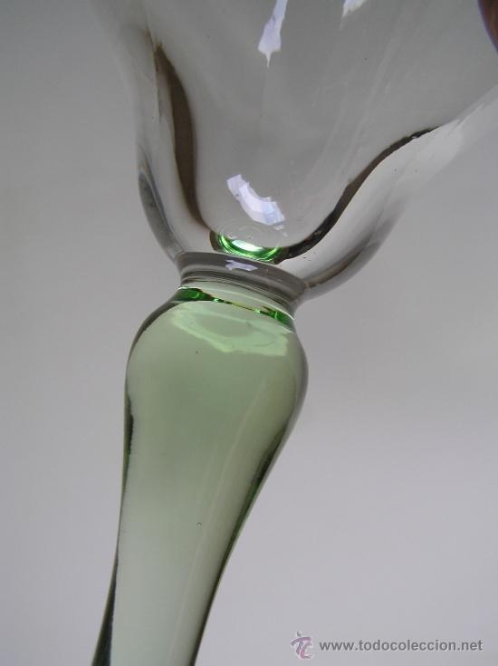 Antigüedades: Preciosa Copa de cristal soplado bicolor siglo XIX. Quizás La Granja. - Foto 4 - 33817537