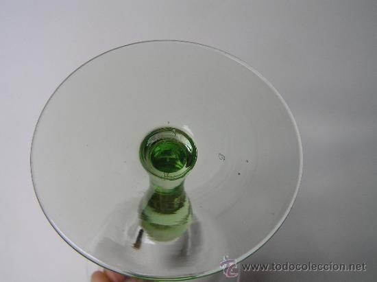 Antigüedades: Preciosa Copa de cristal soplado bicolor siglo XIX. Quizás La Granja. - Foto 5 - 33817537