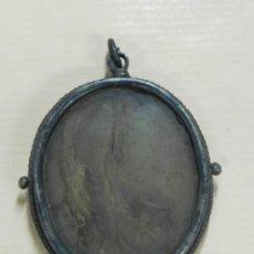 Antigüedades: MEDALLON RELICARIO DE CAJA OVAL DE PLATA Y DOBLE VIRIL (FALTA UN CRISTAL) EN EL INTERIOR RELIQUIA CO. Lote 33843924