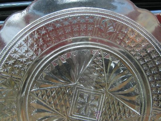 Antigüedades: gran plato de cristal de cartagena prensado - Foto 2 - 33899494