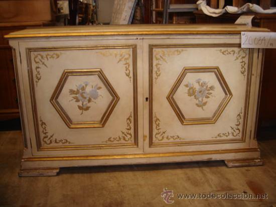 Mueble auxiliar lacado en blanco, todos los dib - Verkauft durch ...