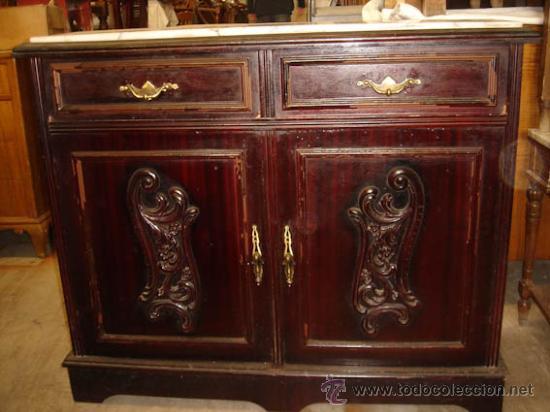 Mueble auxiliar de madera con sobre de m rmol comprar for Muebles auxiliares clasicos madera