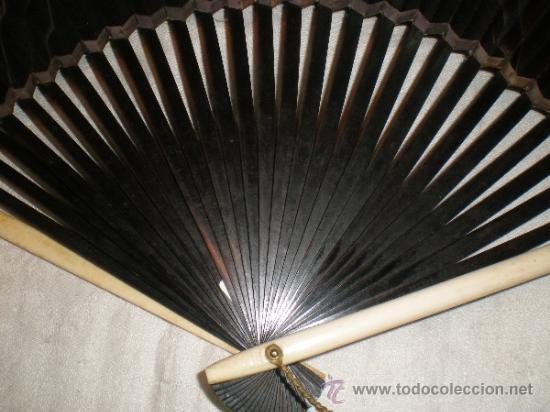 Antigüedades: abanico de madera y hueso chino - Foto 9 - 34011494