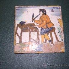 Antigüedades: AZULEJO DE ARTS I OFICIS S. XVIII PALMETA 13,5X13,5 CM. PERDIDA DE BARNIZ NO RESTAURADO NO REPRODUCC. Lote 34012951