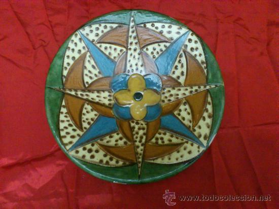 Antigüedades: PLATO DE CERAMICA DE LA BISBAL (GERONA) FIRMADO PUIGDEMONT - Foto 6 - 34026855