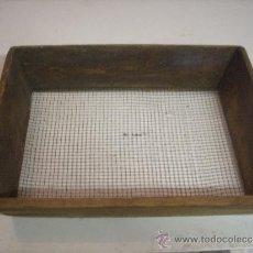 Antigüedades: CRIBA CUADRADA 30 X 40 CM.. Lote 34051529