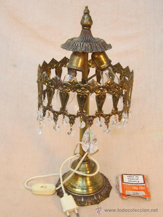 Antigüedades: LAMPARA DE MESA EN BRONCE CON CRISTALES - Foto 2 - 34072065