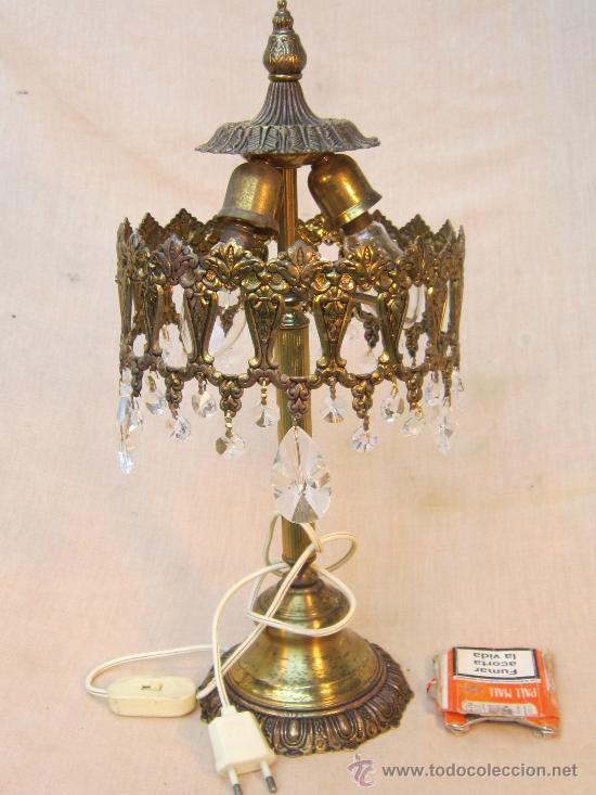 Antigüedades: LAMPARA DE MESA EN BRONCE CON CRISTALES - Foto 5 - 34072065