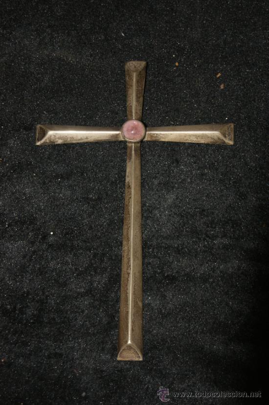 BONITA CRUZ EN PLATA Y PEDRERIA. ANTIGUA. (Antigüedades - Religiosas - Cruces Antiguas)