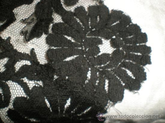 Antigüedades: MANTILLA NEGRA ANTIGUA en forma de pico - Foto 12 - 34126954