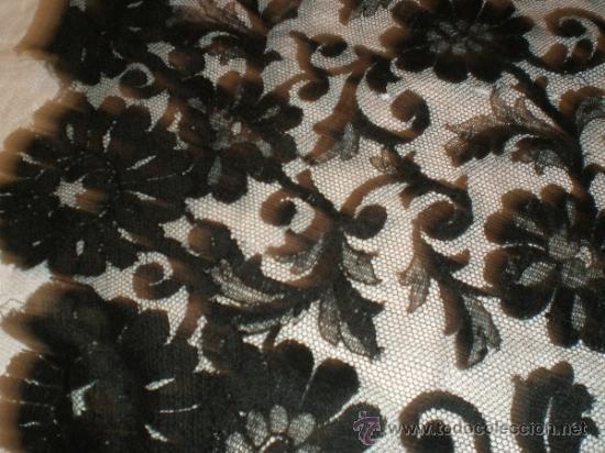Antigüedades: MANTILLA NEGRA ANTIGUA en forma de pico - Foto 2 - 34126954