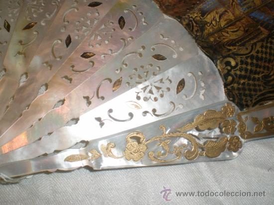 Antigüedades: abanico de nacar isalelino madreperla - Foto 2 - 34126746