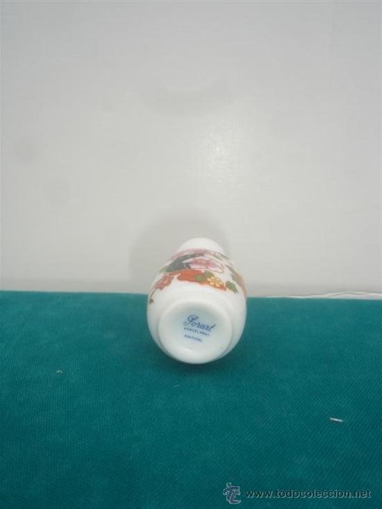 Antigüedades: mini jarron de porcelana - Foto 2 - 34134144