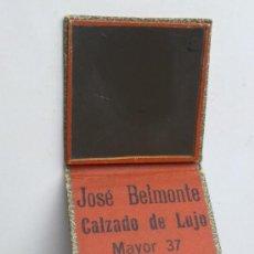 Antigüedades: ESPEJITO-ESPEJO SEÑORA BOLSO, CON PUBLICIDAD, JOSE BELMONTE -CALZADO LUJO- ALBACETE. Lote 34167986