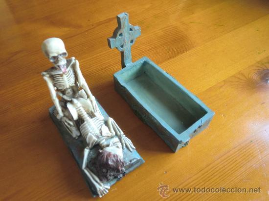 Antigüedades: Figura de resina ESQUELETOS Y CALAVERAS CON TUMBA. ¡Nuevo! - Foto 5 - 34219469