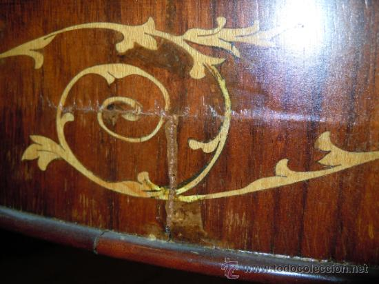 Antigüedades: MESA ANTIGUA TIPO VELADOR TARACEADA - Foto 4 - 34322821