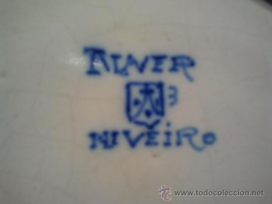 Antigüedades: Salvilla de cerámica de Talavera. Marcas de Talavera-Niveiro y escudo del Carmelo. - Foto 4 - 34241826