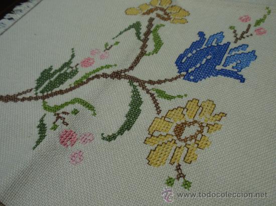 Mantel individual con servilleta bordados a m vendido en venta directa 34267535 - Manteles bordados ...