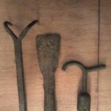 Antigüedades: LOTE DE TRES HERRAMIENTAS ANTIGUAS. Lote 34284014