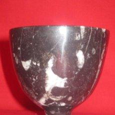 Antigüedades: PRECIOSA COPA EN PIEDRA FOSILIZADA.. Lote 27800631