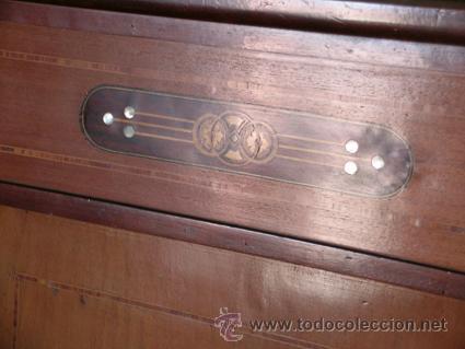 Antigüedades: Cama con cabecero y piecero cama. Madera de caoba. Marquetería - Foto 2 - 34298432