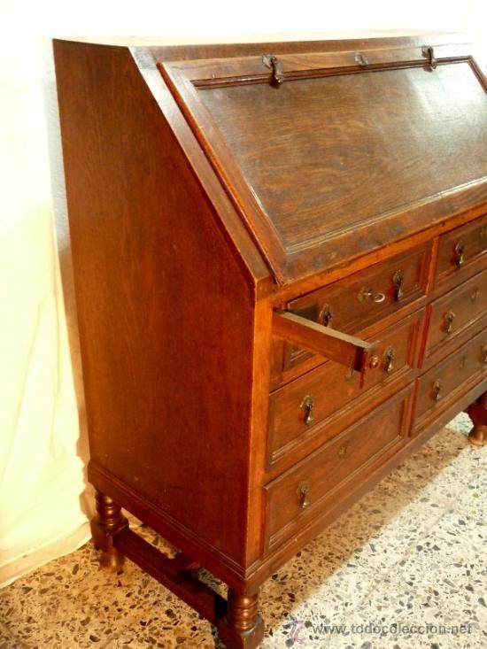 Antigüedades: Antiguo escritorio bargeño en roble.Principio siglo XX. 6cajones con cerradura en todos - Foto 2 - 34300941