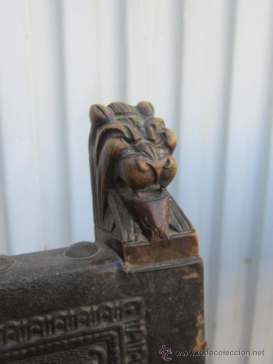 Antigüedades: 4 SILLAS EN NOGAL Y CUERO - Foto 5 - 36928769