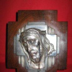 Antigüedades: CRUCIFIJO EN MADERA DE PALOSANTO CON ROSTRO DE CRISTO.. Lote 27488629