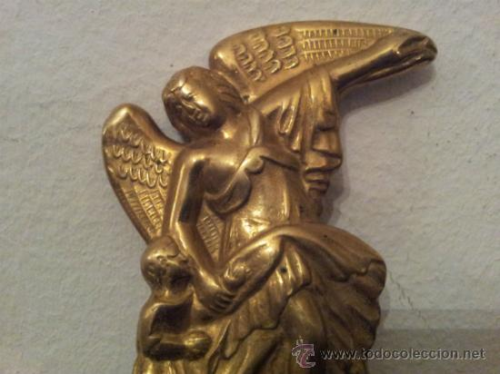 Antigüedades: Bonita pila de agua bendita en bronce - Foto 2 - 41317452