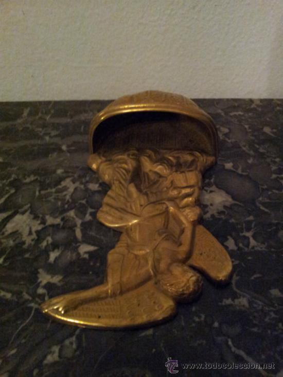 Antigüedades: Bonita pila de agua bendita en bronce - Foto 6 - 41317452