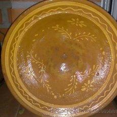 Antigüedades: ANTIGUO LEBRILLO DE BARRO CON BONITO RAMEADO.. Lote 34405821