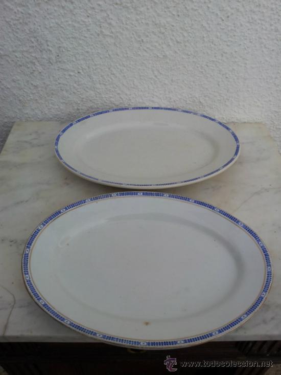 Antigüedades: Dos bandejas para servir en porcelana de San Juan de Aznalfarache - Foto 12 - 34503005