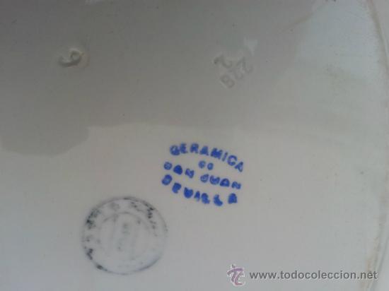 Antigüedades: Dos bandejas para servir en porcelana de San Juan de Aznalfarache - Foto 4 - 34503005