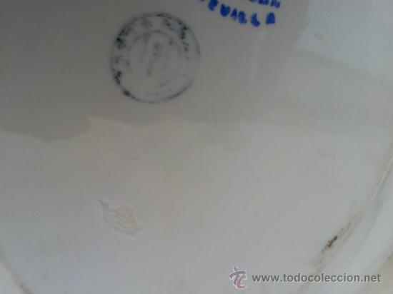 Antigüedades: Dos bandejas para servir en porcelana de San Juan de Aznalfarache - Foto 3 - 34503005