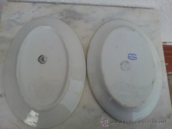 Antigüedades: Dos bandejas para servir en porcelana de San Juan de Aznalfarache - Foto 2 - 34503005