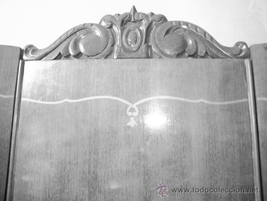 Antigüedades: Armario 2 puertas curvadas, con marquetería. Espejos biselados en interior puertas. Madera de mbero - Foto 4 - 34438185