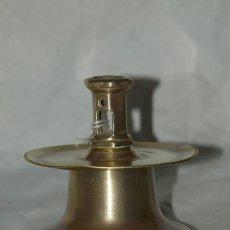 Antigüedades: CANDELERO CARRETE. BRONCE. C1900. ESPAÑA. Lote 34459646