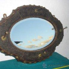 Antigüedades: PERCHERO CON ESPEJO ANTIGUO. Lote 34464234