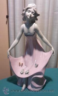 Antigüedades: Figura de joven con flores y mariposas de la casa Davila .Edición limitada 5000 piezas.Gran tamaño - Foto 2 - 34517277