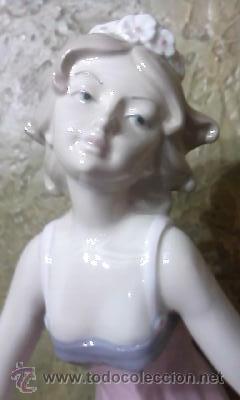 Antigüedades: Figura de joven con flores y mariposas de la casa Davila .Edición limitada 5000 piezas.Gran tamaño - Foto 3 - 34517277