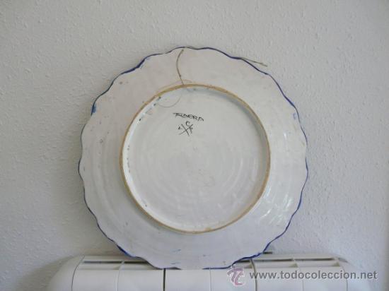 Antigüedades: ANTIGUO GRAN FUENTE CERAMICA DE TALAVERA - ESCUDO CON EL NOMBRE MARTINEZ-PEREZ - Foto 8 - 34543098