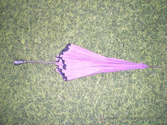 Antigüedades: antigua sombrilla de mujer años 30 40 lila forrada por dentro - Foto 10 - 34565554