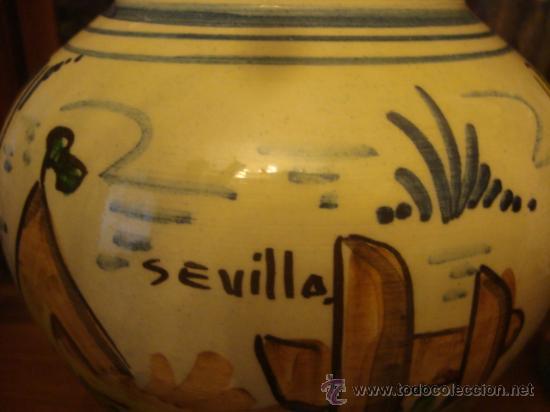 ANTIGUO JARRON CERAMICA PINTADO A MANO, SEVILLA, 21 CM BUENA PIEZA (Antigüedades - Porcelanas y Cerámicas - Triana)