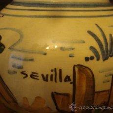 Antigüedades: ANTIGUO JARRON CERAMICA PINTADO A MANO, SEVILLA, 21 CM BUENA PIEZA. Lote 34572637