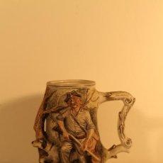 Antigüedades: JARRA CERVEZA BISCUIT CAPODIMONTE. Lote 35067393