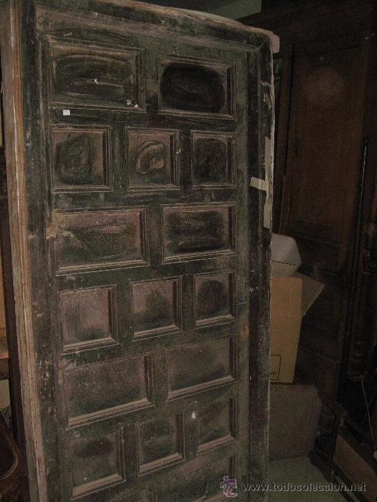 Puerta antigua madera con cuarterones y marco comprar for Herrajes muebles antiguos