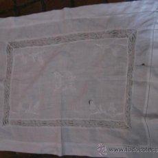 Antigüedades: ANTIGUA PIEZA DE LINO ART DECO CON BORDADOS. Lote 26716679